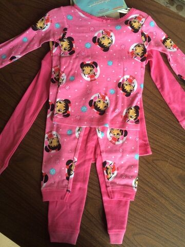 File:Ni Hao Kai Lan Nickelodeon Winter Scene Girls - 4 Piece Set Pajamas Size 2T (2).jpg