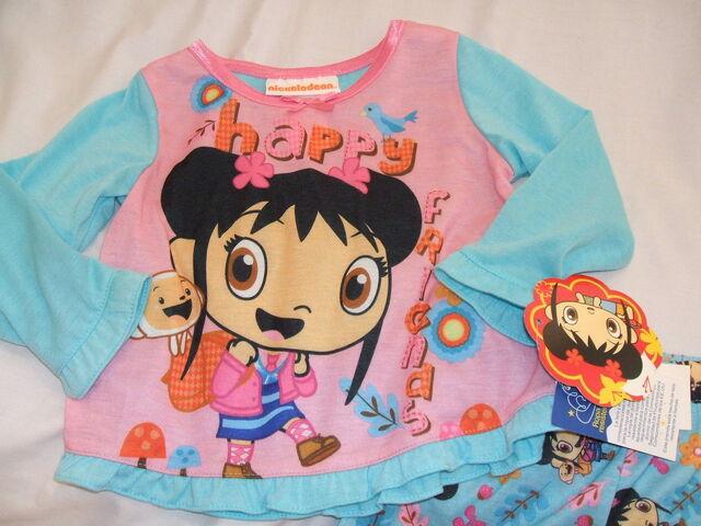 File:Ni Hao Kai Lan Girl's 2 Piece Pink & Blue Pajamas Set (2).jpg