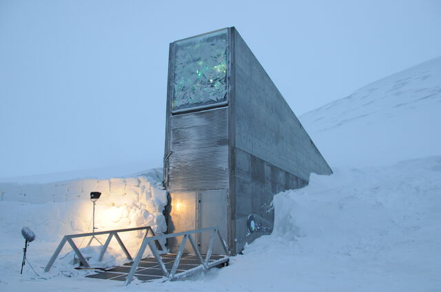 File:SeedVault.jpg