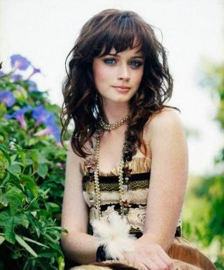 File:Alexis-Bledel-Rory-Beautiful-Women-Hairstyles2.jpg