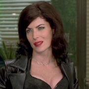 002MIB Lara Flynn Boyle 006.2