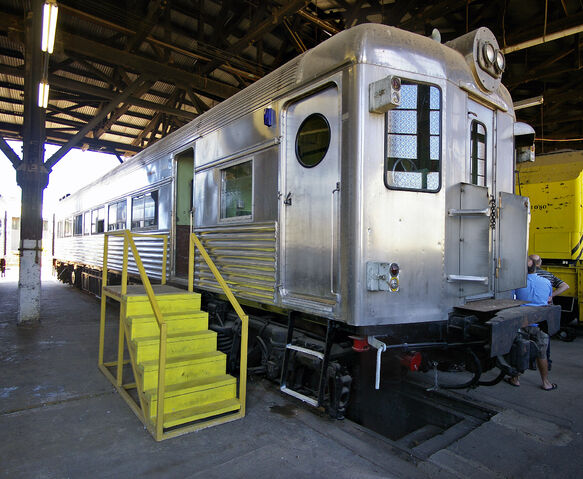 File:NSW U set (CF 5003) at the Junee Roundhouse Museum.jpg
