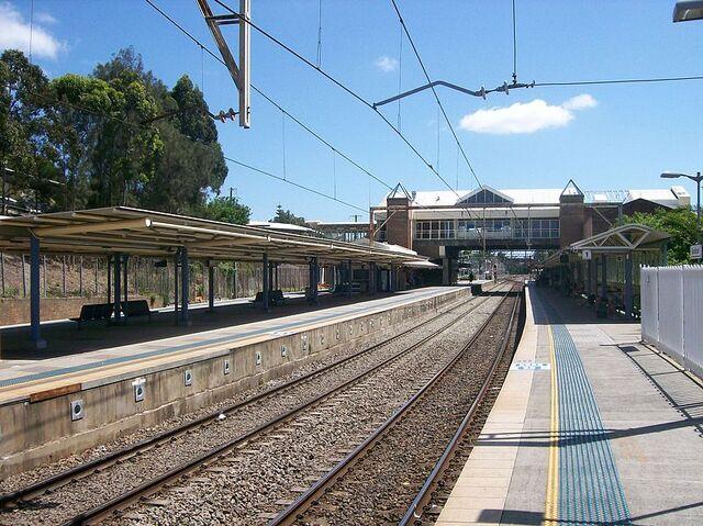 File:Gosford railway station.jpg