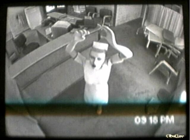 File:Nurse Calling for Help.jpg