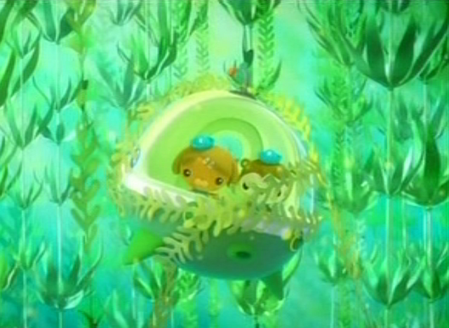 File:Gup-E tangled in Kelp.png
