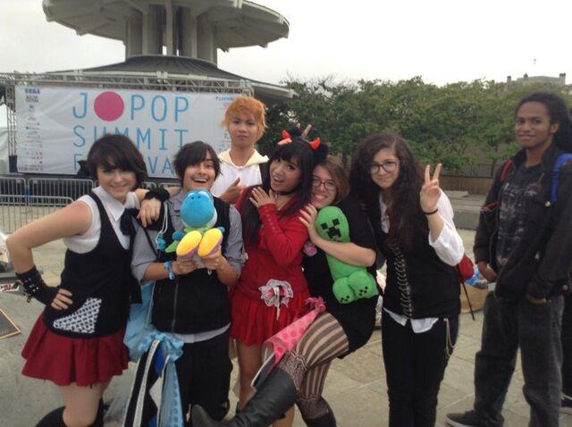 File:Jpop summit vickie photo.jpg