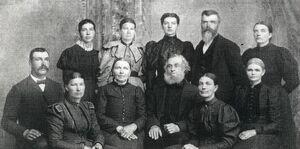 Elling family.JPG