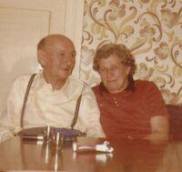 1977-OmaOpa.JPG