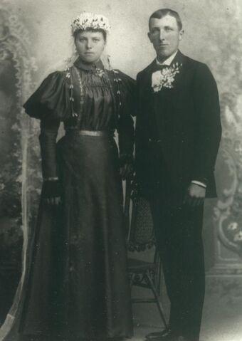 Datei:1897-06-04August Oelfke (USA).jpg
