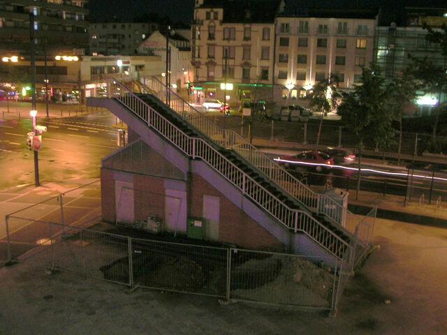 Datei:Marktplatz Rest Brücke.jpg