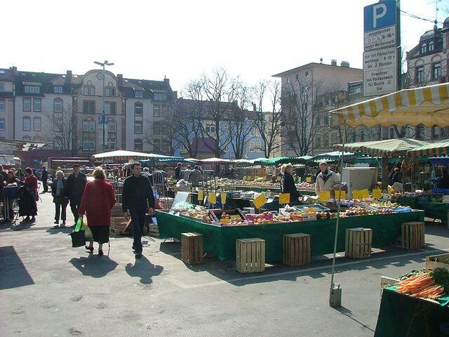 Datei:Wochenmarkt.jpg