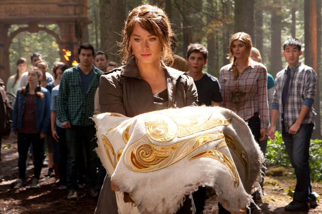 File:Leven-Rambin-with-the-Golden-Fleece-in-New-Percy-Jackson-Sea-of-Monsters-Still.jpg