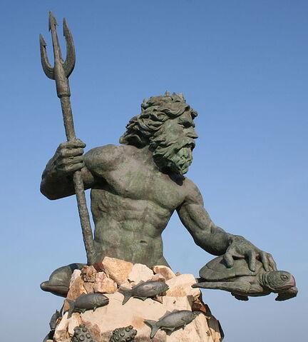 File:541px-Neptune statue virginia beach.jpg