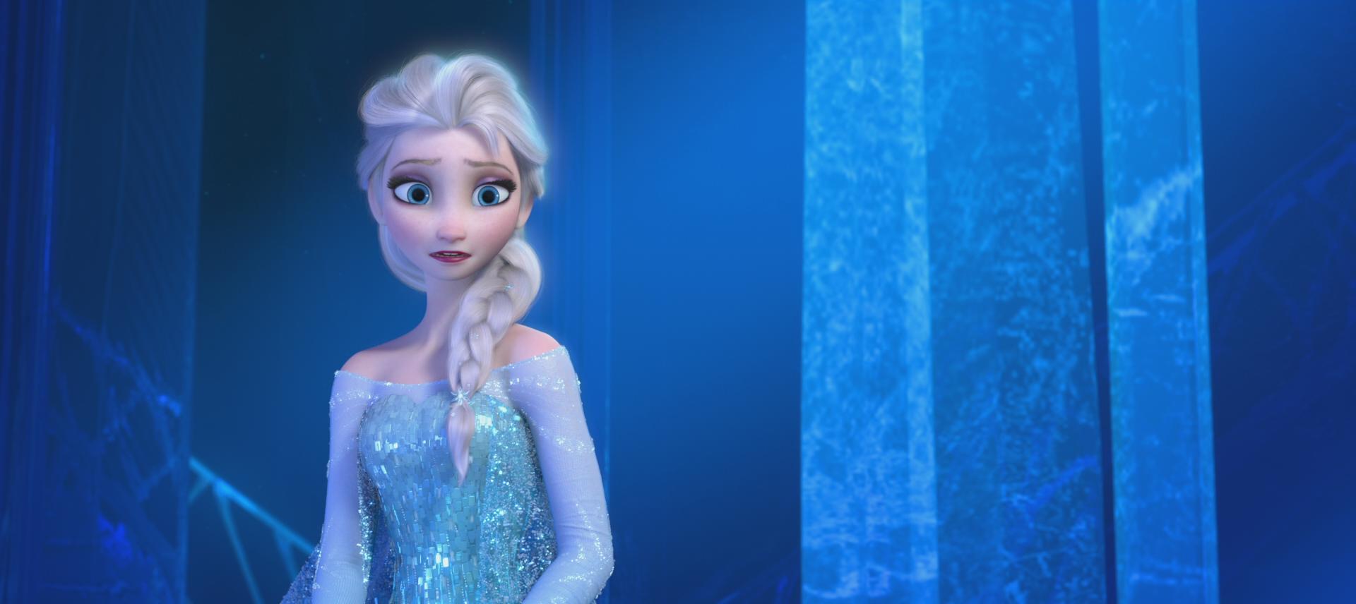 Image la reine des neiges disney elsa face palais de - La reine des neige elsa ...
