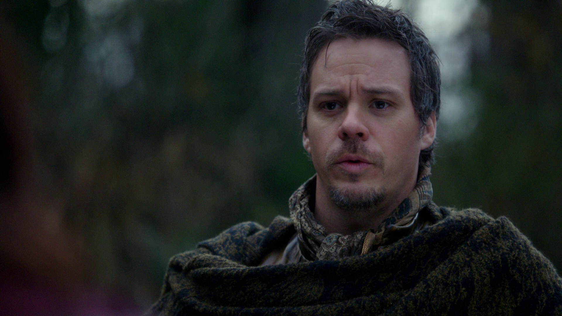 "once upon a time hook and neal Michael raymond-james is returning to abc's ""once upon a time"" and mark his role as neal cassidy in the colin o'donoghue's hook."