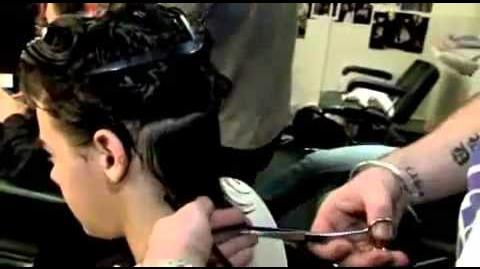 The X Factor - Get Harry's Curls