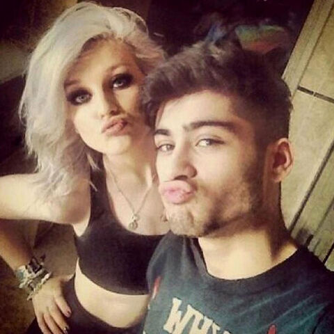 File:2-young-zayn-and-perrie-2.jpg