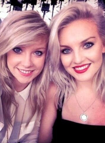 File:Perrie and Caitlin.jpg
