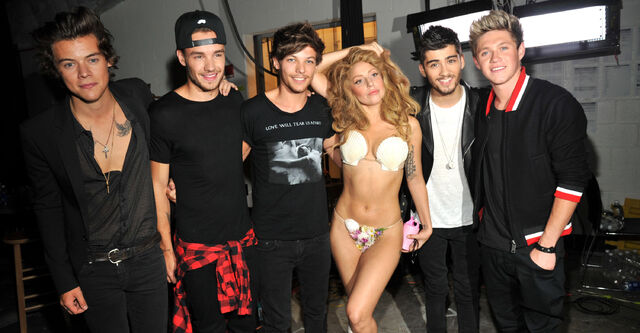 File:Lady-gaga-one-direction-booing.jpg