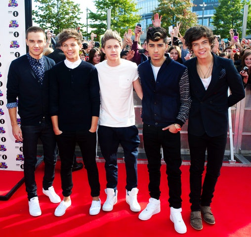 File:Onedirection.png