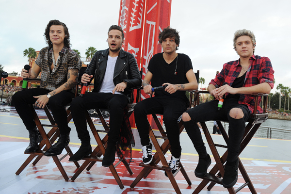 File:1D with No Zayn.png