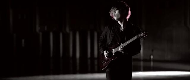 File:Mighty Long FallMusic Video screenshot 107.png