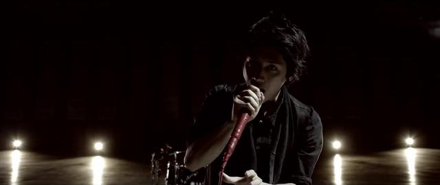 File:Mighty Long FallMusic Video screenshot 71.png
