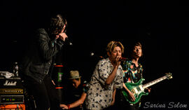ONE OK ROCK Back to the Future Hearts 2015 pt 2 08