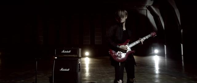 File:Mighty Long FallMusic Video screenshot 23.png