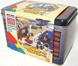 File:One Piece Mega Bloks Zoro & Mihawk Box.png