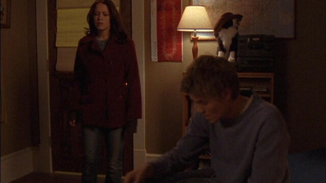 File:113 Haley and Lucas Argue.jpg