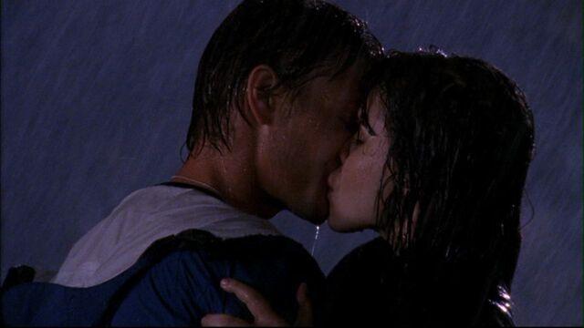 File:313 b n l kiss in rain.jpg