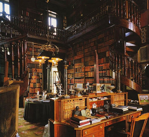 File:Library (Chateau de Groussay).jpg