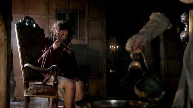 File:S01E02-Screencap14.jpg