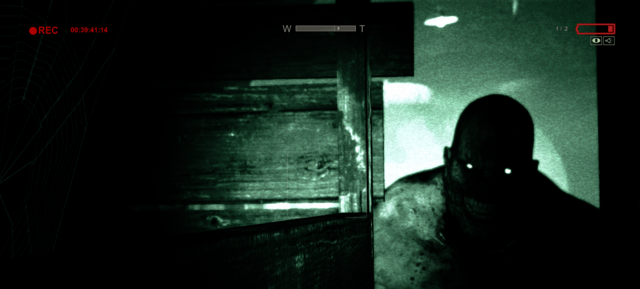 Fichier:Walker Looking.png