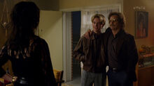Westside 3x01 – Danny and Hayden at the West house