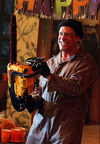 File:Charliechainsaw.png