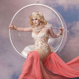 File:Kelly-osbourne-as-glinda-the-good-witch-wizard-of-oz.jpg