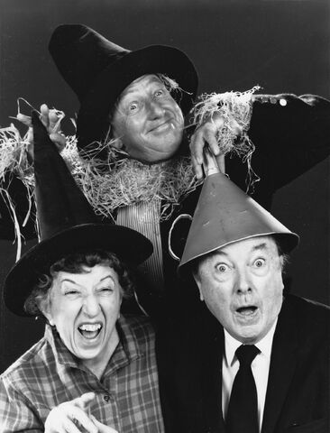File:The wizard of oz ray bolger jack haley margaret hamilton reunited 1970 no 2.jpeg