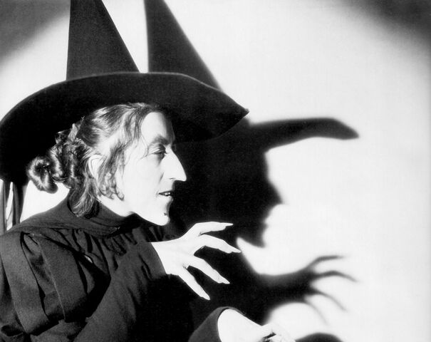 File:Margaret-hamilton-the-wicked-witch-in-the-wizard-of-oz edit.jpg