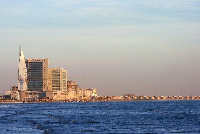 File:Sea View, karachi.jpg