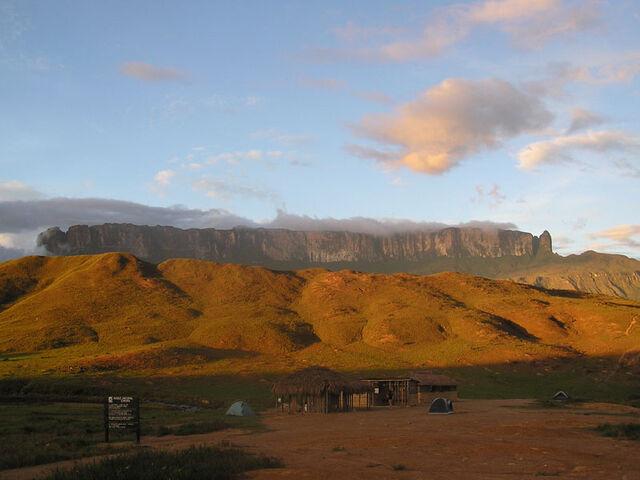 File:Mt Roraima in Venezuela 001.jpg