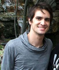 File:Brendonurie11.png