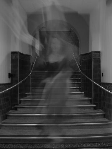 File:London ghost 1-3.jpg