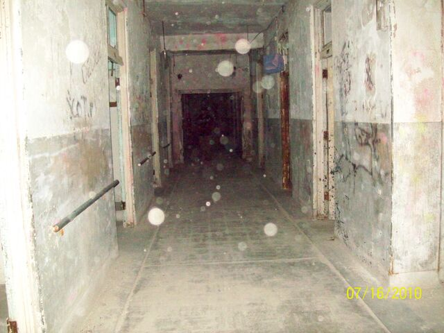 File:Waverly Hills Sanatorium 018.jpg