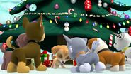 PAW.Patrol.S01E16.Pups.Save.Christmas.720p.WEBRip.x264.AAC 1332965