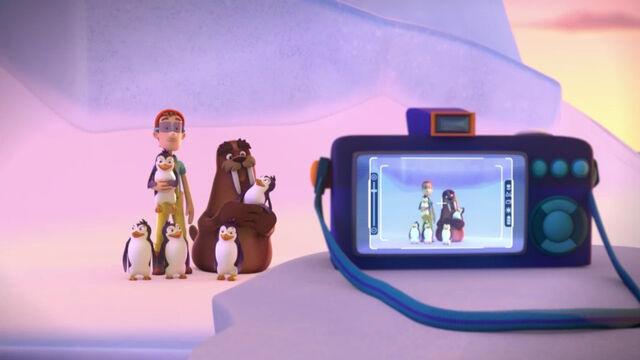 File:PAW Patrol - Wally the Walrus and Cap'n Turbot - Penguins 6.jpg