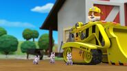 PAW.Patrol.S01E21.Pups.Save.the.Easter.Egg.Hunt.720p.WEBRip.x264.AAC 474941