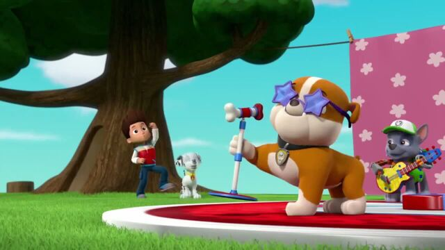 File:PAW Patrol Season 2 Episode 10 Pups Save a Talent Show - Pups Save the Corn Roast 260193.jpg