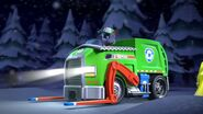 PAW.Patrol.S01E16.Pups.Save.Christmas.720p.WEBRip.x264.AAC 671137
